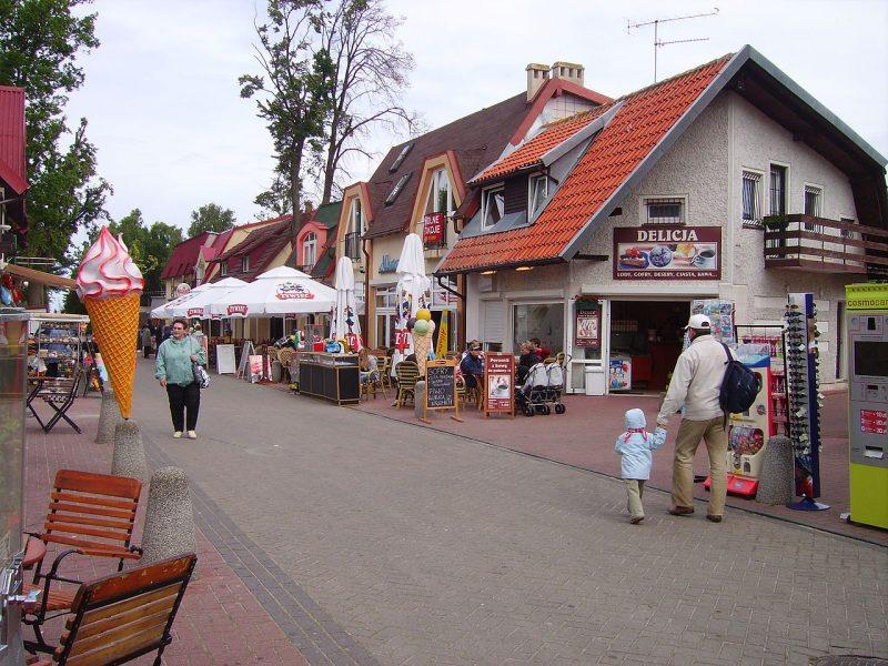 Ulica Plażowa w Rowach